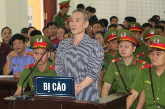 Le Dinh Luong trial
